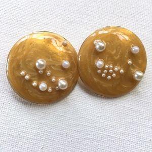 "⭐️ 3 for $15 ⭐️Vintage ""Full Moon"" Earrings Posts"